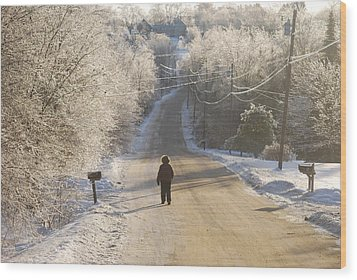 Christmas Walk In Maine Wood Print by Alan Holbrook