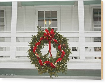 Wood Print featuring the photograph Christmas Wreath by Ann Murphy