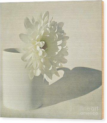 Chrysanthemum Shadow Wood Print by Lyn Randle
