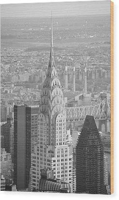 Chrysler Building Black And White Wood Print