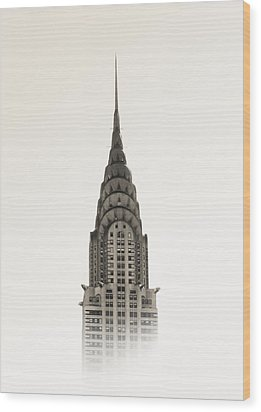 Chrysler Building - Nyc Wood Print by Nicklas Gustafsson