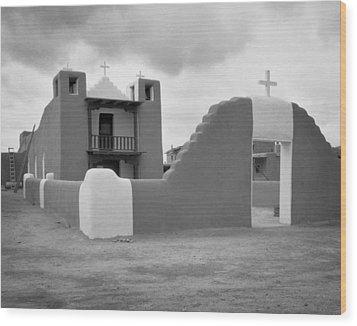 Church At Taos Pueblo Wood Print by David and Carol Kelly