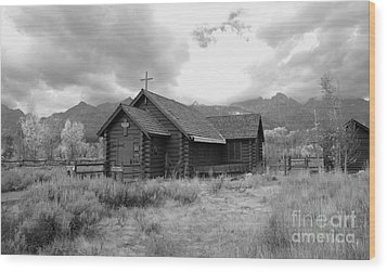 Church In Black And White Wood Print by Kathleen Struckle
