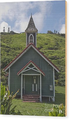 Church In Maui Wood Print