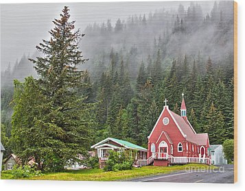 Church In Seward Alaska Wood Print