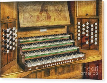 Church Organ Art Wood Print