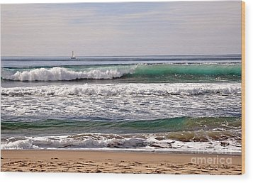 Churning Surf At Monterey Bay Wood Print by Susan Wiedmann