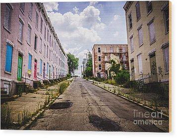 Cincinnati Glencoe-auburn Place Image Wood Print by Paul Velgos
