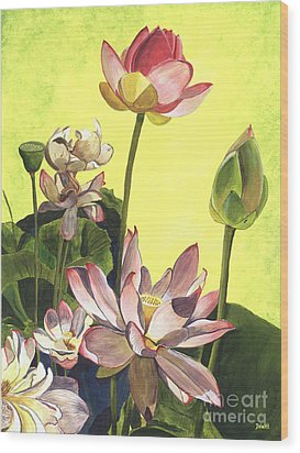 Citron Lotus 1 Wood Print by Debbie DeWitt
