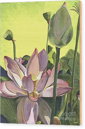 Citron Lotus 2 Wood Print by Debbie DeWitt
