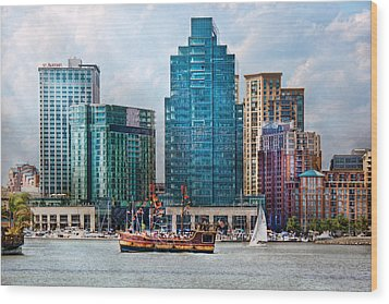 City - Baltimore Md - Harbor East  Wood Print by Mike Savad