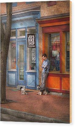 City - Baltimore Md - Waiting By Joe's Bike Shop  Wood Print by Mike Savad