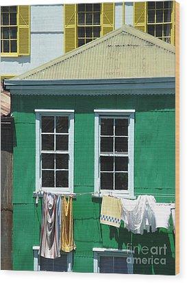 City Life Wood Print by Tanya Shockman