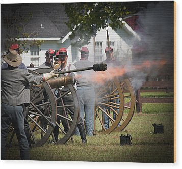 Wood Print featuring the photograph Civil War Cannon Fire by Ray Devlin