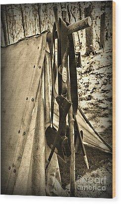 Civil War  Duty Belt Wood Print by Paul Ward