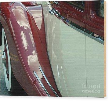 Classic Car Fender Wood Print by Donna Cavanaugh