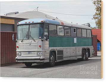 Classic Retro Greyhound Bus 5d25251 Wood Print by Wingsdomain Art and Photography