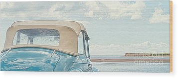 Classic Vintage Morris Minor 1000 Convertible At The Beach Wood Print by Edward Fielding
