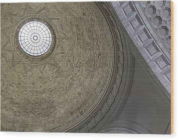 Classical Dome With Oculus Wood Print by Lynn Palmer