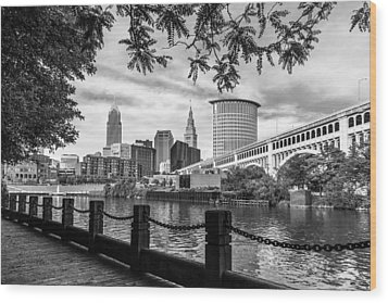 Cleveland River Cityscape Wood Print