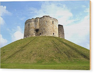 Wood Print featuring the photograph Clifford's Tower York by Scott Lyons