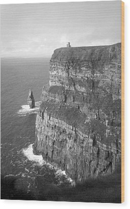 Cliffs Of Moher - O'brien's Tower B N W Wood Print