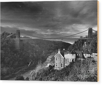 Clifton Suspension Bridge Wood Print by Michael Canning