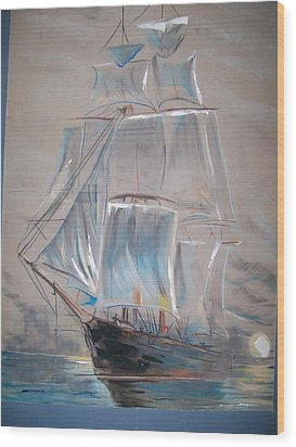 Clipper In Mist Wood Print by Peter Suhocke