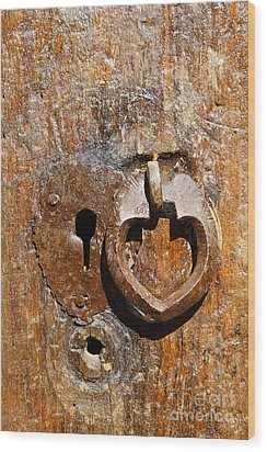 Close Up Of A Heart Shaped Lock On A Door In The Village Of Abyaneh In Iran Wood Print by Robert Preston