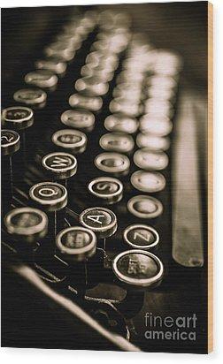 Close Up Vintage Typewriter Wood Print by Edward Fielding