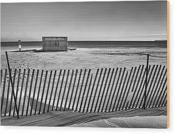 Closed For The Season Wood Print by Scott Norris