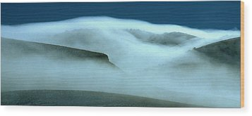 Cloud Mountain Wood Print by Ed  Riche