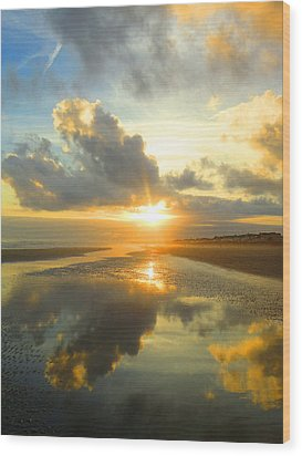 Clouds Reflection By Jan Marvin Wood Print