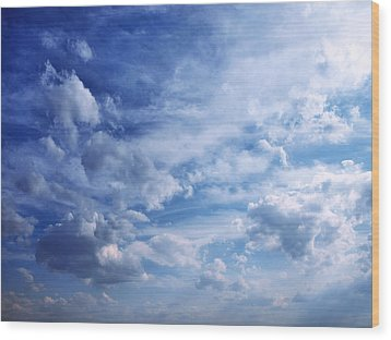 Cloudscape 5 Wood Print by Tom Druin