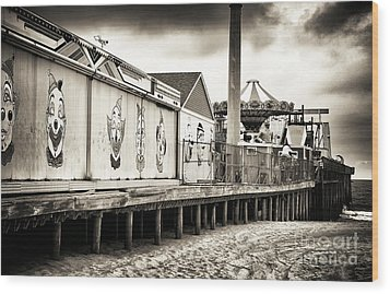 Clowns On The Pier Wood Print by John Rizzuto