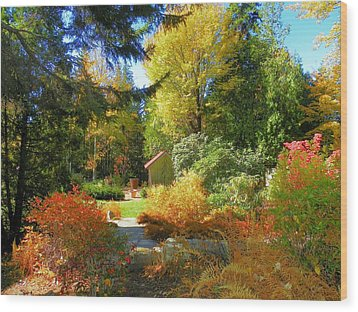 Wood Print featuring the photograph Coastal Maine Garden by Gene Cyr
