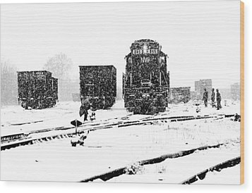 Wood Print featuring the photograph Cold Day On The Job by Mike Flynn