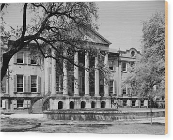 College Of Charleston Main Building 1940 Wood Print by Mountain Dreams