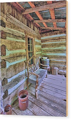 Colonial Front Porch Basics Wood Print by Gordon Elwell