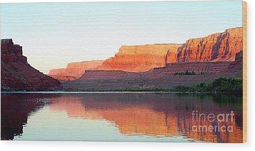Colorado River At Dawn Panorama Wood Print by Douglas Taylor