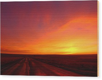 Wood Print featuring the photograph Colored Morning by Lynn Hopwood