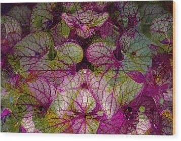 Colorful Leaf Wood Print by Eiwy Ahlund