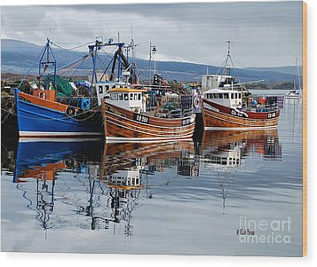 Colorful Reflections Wood Print by Lois Bryan