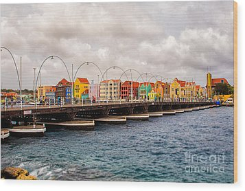 Colors Of Willemstad Curacao And The Foot Bridge To The City Wood Print