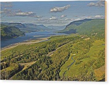 Columbia Gorge Wood Print