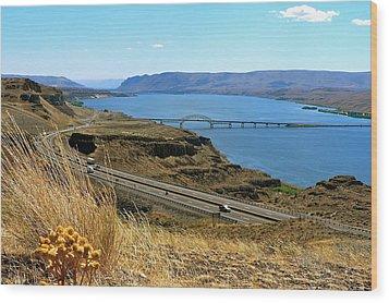 Columbia River Vantage Point Wood Print