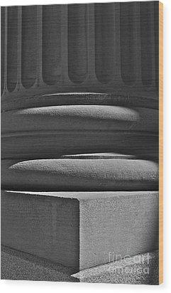 Column 1 Wood Print by Linda Bianic