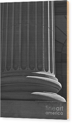 Column 2 Wood Print by Linda Bianic