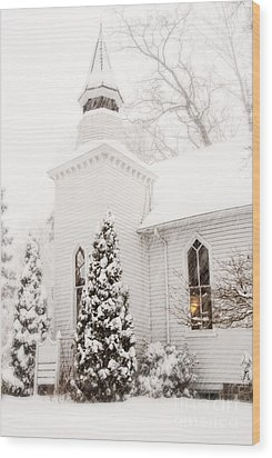 Wood Print featuring the photograph White Christmas In Maryland Usa by Vizual Studio