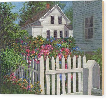 Come Into The Garden Wood Print by Susan Savad